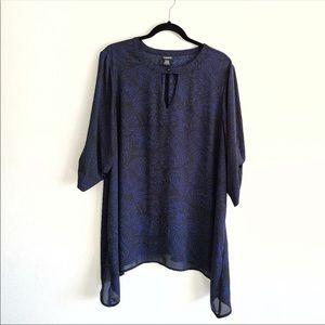 Torrid black/blue pattern blouse